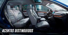 Las vestiduras de asientos, palanca de velocidades y volante forrados en suave piel* le otorgan a CR-V un aspecto sofisticado y elegante, como tú. #IncomparableCRV 2017