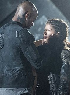 OCTAVIA & LINCOLN HOW HE HOLDS HER IT'S SO PERFECT UMMGG