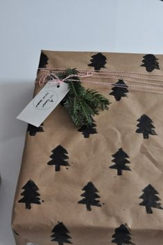 RestlessOasis: 3 Simple DIY Gift Wrapping Ideas #gift #wrapping #christmasstyling