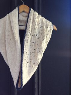 Welcome back to Free Pattern Friday, a fresh, new, free pattern every week! Today's offering: the Dauphine Street Cowl, a comfy cotton cowl for summer.