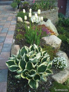 60 Awesome Front Yard Rock Garden Landscaping Ideas - Flower Garden İdeas İn Front Of House Garden Ideas To Make, Garden Yard Ideas, Diy Garden, Shade Garden, Backyard Ideas, Garden Art, Rocks Garden, Sloped Backyard, Backyard Shade