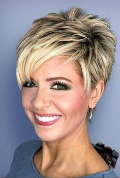 Happy New Hair! 10 wunderschöne Looks, um das neue Jahr einzuläuten - Stylish Short Haircuts, Short Pixie Haircuts, Short Hairstyles For Women, Thin Hairstyles, Celebrity Hairstyles, Wedding Hairstyles, Hairstyles 2016, School Hairstyles, Short Stacked Hairstyles