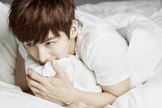 5 things that Ji Chang Wook admits to love and fear 3. Stranger danger? Our tough guy is very shy with strangers, contrary to his public image.