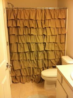 no sew DIY ruffle shower curtain. I love this curtain and I've been wanting to do something different in ours