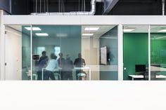 'Agile' werkomgeving voor Philips in voormalig laboratorium - architectenweb.nl