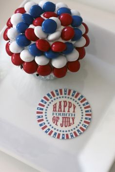 mm-4th-of-july-cupcakes these look really easy and the kids would love them.