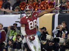 Alabama's Howard gives Clemson fans deja vu with TD catch Clemson, College Football, Football Helmets, Alabama, Fans, Youtube, Followers