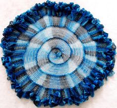 another use for sashay yarn~  ...Knitting Up A Storm: Spiral Sashay Shawlette