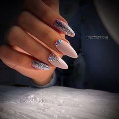 Installation of acrylic or gel nails - My Nails Dimond Nails, Gem Nails, Gelish Nails, Bling Nails, Manicure, Almond Acrylic Nails, Cute Acrylic Nails, Perfect Nails, Gorgeous Nails