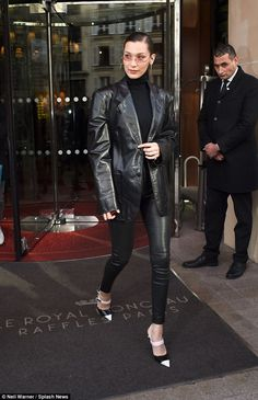 Bella Hadid wears skintight leather trousers to BVLGARI Paris show : Eyes on her: Bella Hadid, wrapped up in style while exiting her hotel to head to the B. Leather Jacket Outfits, Leather Trousers, Leather Blazer, Jeanne Damas, Colourful Outfits, Trendy Outfits, Fashion Outfits, Jane Birkin, Bella Hadid Estilo