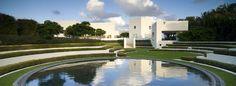 jardín flynn con legorreta y legorreta arquitectos / casa en playa hillsboro, boca ratón  e.u.
