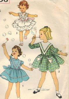 1950s Simplicity 2606 Vintage Sewing Pattern Girl's Party Dress Size 5 di midvalecottage su Etsy https://www.etsy.com/it/listing/154854833/1950s-simplicity-2606-vintage-sewing