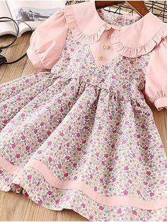 Girls Casual Dresses, Little Girl Dresses, Little Girl Dress Patterns, Vintage Baby Dresses, Dress Girl, Geometric Dress, Frocks For Girls, Baby Girl Frocks, Frock Design