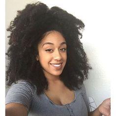 Big Hair with a pretty face! @tanishacaple  #curlkit #naturalhair #teamnatural_ #naturalhairdoescare #mynaturalhair #urbanhairpost #luvyourmane #naturalhairmojo #naturalherstory #myhaircrush #naturalhaircommunity #naturalhairdaily #usnaturals #naturalhairstyles #naturallyshesdope #curlswithlove #amazingnaturalhair #trialsntresses #curlsaunaturel #protectivestyles #curlsunderstood #amatusrioz #yoamomipajon