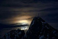 Zakopane - góry - giewont nocą
