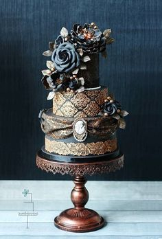 Incredible Victorian Black Wedding Cake