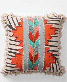 Design trends: going tribal. #Tribal #African #Cushion