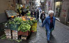 Rakyat Italia Dukung Peraturan Baru Larangan Membuang Makanan : Sangat langka satu peraturan baru disambut dengan sangat positif oleh rakyat Italia yang terkenal mudah mengerutu mengenai politik tapi peraturan baru untuk mencegah