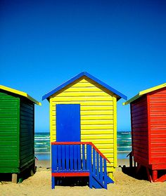 Beach huts in Muizenberg, Western Cape - South Africa World Beautiful City, Beautiful Places, Beach Cottages, Beach Huts, Cabana, Beyond The Horizon, Ocean Sounds, I Love The Beach, World Of Color