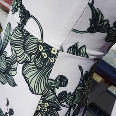 My Tinker Bell dress (Zephyr dress from Deer and Doe) Belle Dress, Tinker Bell, May 1, Deer, Tote Bag, Tinkerbell, Tote Bags, Reindeer