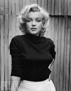 Marilyn Monroe. drop dead gorgeous.