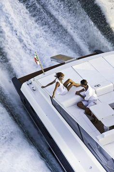 External view Itama Yacht - Itama50 #yacht #luxury