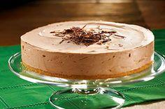 Para cualquier festejo prueba este delicioso cheesecake a la crema irlandesa. Seguro que todos tus invitados se llevarán una excelente impresión.