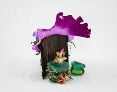 Whimsical Fairy Beach Hut, Fairy Garden Item, Fairy Accessories, Fairy Furniture, Faerie Decor, Fairy Beach Whimsy, Gift Idea,Mini Beach Hut