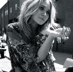 Mary Kate Olsen my idol Mary Kate Ashley, Mary Kate Olsen, Ashley Olsen, Olsen Sister, Olsen Twins, Sarah Jessica Parker, Pretty People, Beautiful People, Hello Beautiful