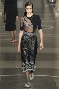 Christopher Kane Spring/Summer 2017 Ready To Wear Collection