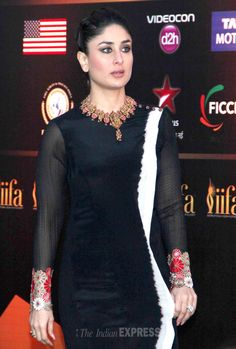 Kareena Kapoor Khan went desi in Anand Kabra, paired with a statement necklace by Maheep Kapoor at the International Indian Film Academy (IIFA) awards press conference. Pakistani Formal Dresses, Indian Dresses, Indian Outfits, Indian Designer Suits, Kurta Designs Women, Embroidery Suits, Indian Celebrities, Bollywood Fashion, Bollywood Style