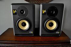 Pair of KRK V6 Series II Active 2-Way Studio Monitor Speakers