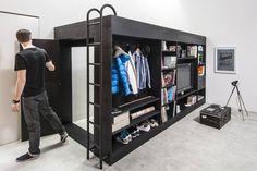 Urban Cube: Minimalistisch Wohnzimmer von Living Cube Furniture