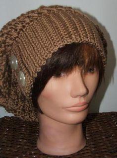 Slouchy beanie free crochet hat pattern