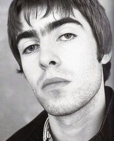 "itstoolate-imtooearly: ""boy had the best unibrow in the game. El Rock And Roll, Rock N Roll Music, Liam Gallagher Noel Gallagher, Oasis Music, Liam And Noel, Oasis Band, Britpop, Pearl Jam, Wonderwall"