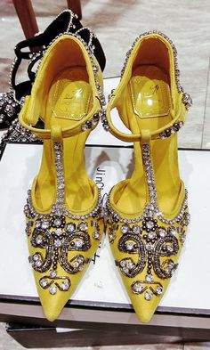 Yellow High Heels Shoes with Rhinestone Shoes have an extended length and hold people good and warm in autumn and winter. They may be flat or have a top heel, conclusion in front of th. Yellow High Heels, Black Shoes, Yellow Shoes Heels, Shoes 2018, Buy Shoes, Women's Shoes, Shoes Style, Nike Shoes, Shoes Sneakers