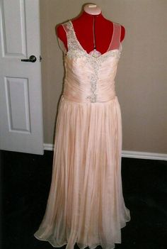 Dress made by Leanne Cirillo, pattern made using The Pattern Drafter.