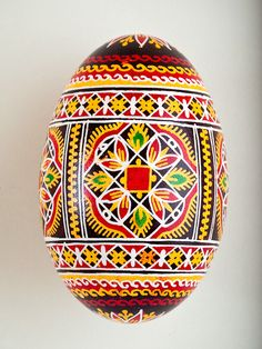 Pysankas are traditional Ukrainian decorated Easter eggs and are a beautiful way to add to your home decor any time of the year. The goose egg Pysankas are larger than the chicken egg Pysankas allowin Ukrainian Easter Eggs, Ukrainian Art, Fabrege Eggs, Carved Eggs, Easter Egg Designs, Batik Pattern, Easter Egg Crafts, Easter Traditions, Ornaments Design