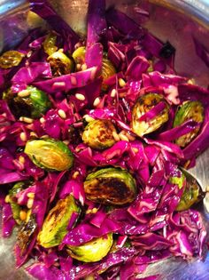 Oven-Roasted Brussels Sprouts with Red Cabbage & Pine Nuts Veggie Recipes, Whole Food Recipes, Healthy Recipes, Family Recipes, Healthy Foods, Purple Cauliflower, Food Inspiration, Fitness Inspiration, Lunch Snacks