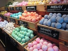 LUSH BATH BOMBS PLEASE LOTS OF THEM 200 OF THEM MAKE SURE THEY SMELL GOOD AND WILL MAKE MY WATER FUN COLORS (I like the cupcake one and the sunshine gold one) (or any Christmas one)