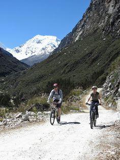Mountain biking downhill for 3 hours in Huaraz, Peru with http://www.chakinaniperu.com/