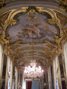 Genova, Palazzo Spinola Palazzo, Castles, Chandelier, Ceiling Lights, Decor, Italia, Candelabra, Decoration, Chateaus