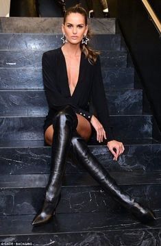 Izabel Goulart shows her long-legged body in Brazil .- In Brazil, Izabel Goulart shows her long-legged body in a deep dress, - Izabel Goulart, Black Over Knee Boots, Over The Knee Boot Outfit, Black Boots, Hot High Heels, High Heel Boots, Thigh High Leather Boots, Thigh High Boots Outfit, Boot Heels