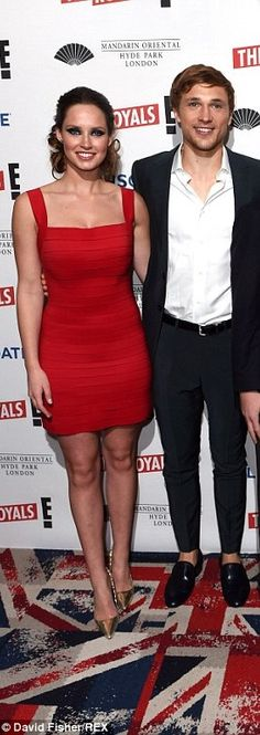 Merritt Patterson (Lady Ophelia) and William Moseley (Prince Liam) all smiles at the London premiere of The Royals. I wish they were a couple. I ship them any day!