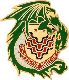 453rd Chemical Battalion Unit Crest (INVICTUS SCUTUM)
