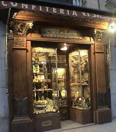 El Riojano for a napolitana y cafe Madrid Shopping, Vintage Store, The Old Curiosity Shop, Foto Madrid, Creative Architecture, Lovely Shop, Store Displays, Moorish, Restaurants