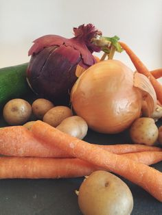 This is so easy that it doesn't really count as a recipe. Roasted Vegetables, Gluten Free Recipes, Free Food, Carrots, Meals, Meal, Carrot, Food, Lunches