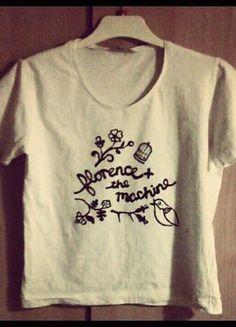 Ręcznie robione napisy/loga zespołów na koszulkach