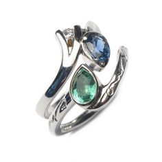 Diana Porter Jewellery bespoke commission etched and emerald fitted ring