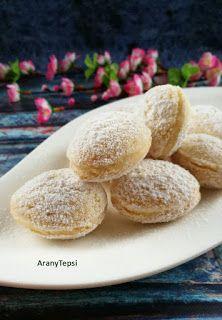 AranyTepsi: Kókuszdiócska Cookie Desserts, Sweet Desserts, Sweet Recipes, Cookie Recipes, Dessert Recipes, Hungarian Desserts, Hungarian Recipes, Walnut Cookies, Bakery Recipes